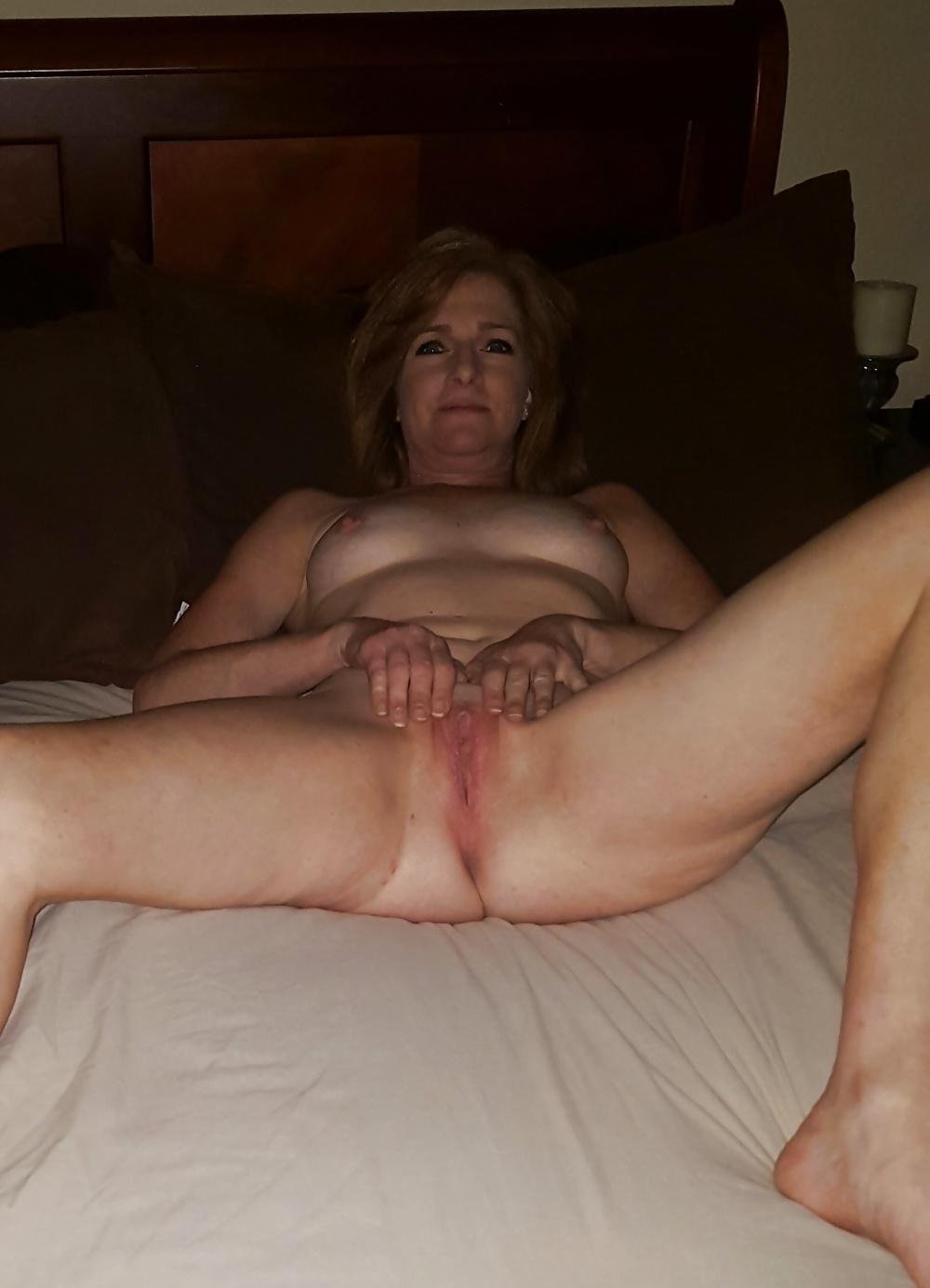 Gratis bilder av äldre mammor