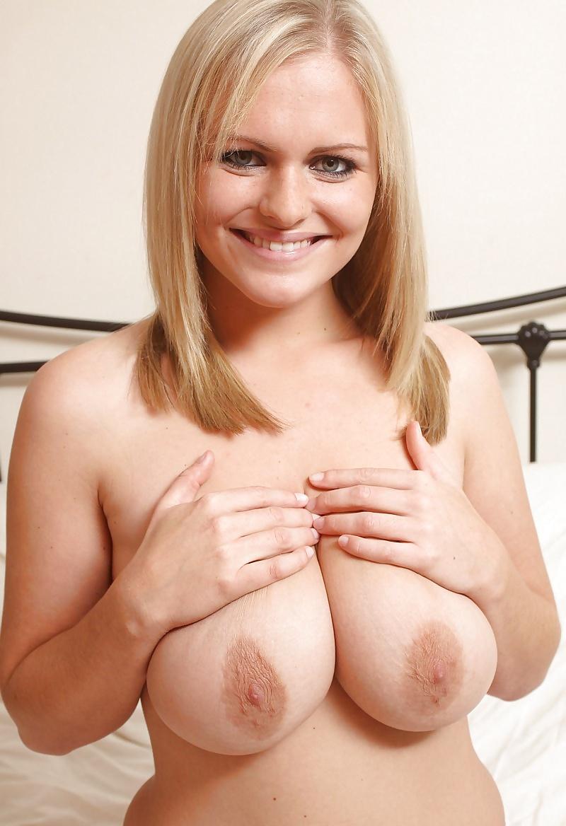 Vackra extrema bröst från Sverige