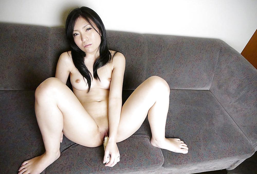 Vackra tjejer sugande hane i bilder