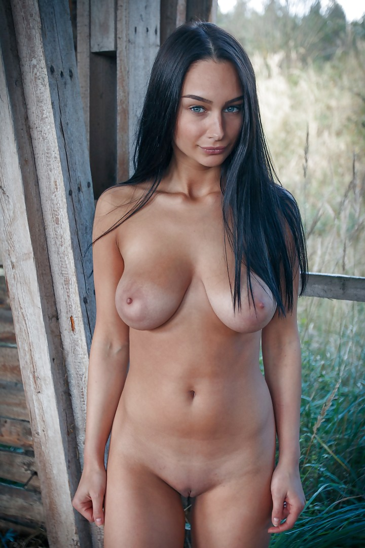 Gratis exotiska nakenbilder