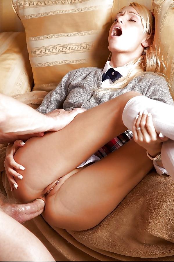 Sex i läderkläder med olika hjälp i fria bilder