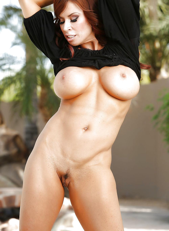 Vackra bröst i nakna bilder gratis